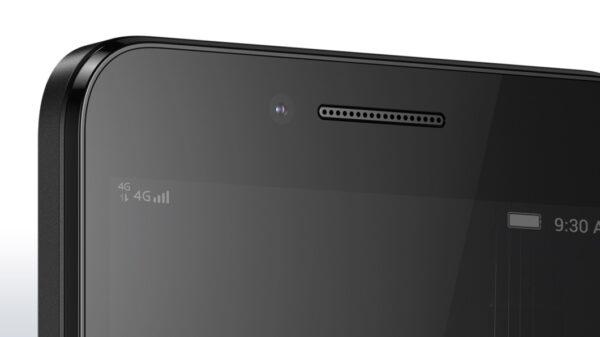 lenovo-smartphone-vibe-c-black-front-detail-8