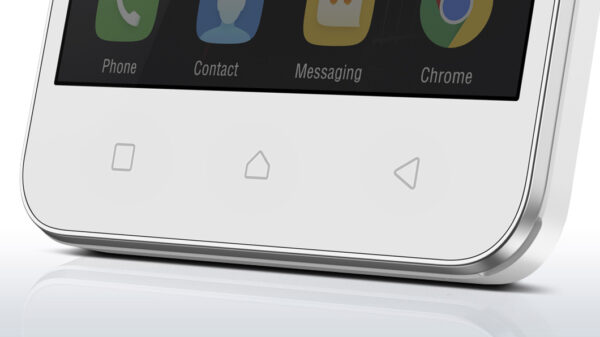 lenovo-smartphone-vibe-c-white-front-detail-4