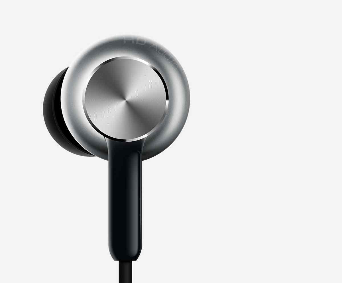 Mi-In-Ear-Headphones-Pro-CNC diamond cut technology for a delicate feel